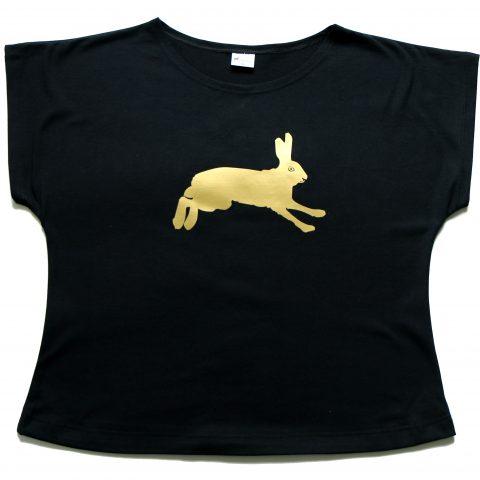Vietto musta t-paita kultaisella rusakkoprintillä